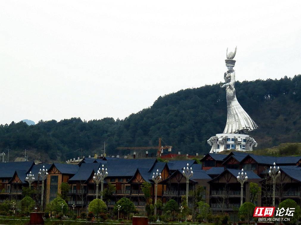 69 途经下司古镇  下司古镇是国家4a级旅游景区,贵州省省级风景名胜