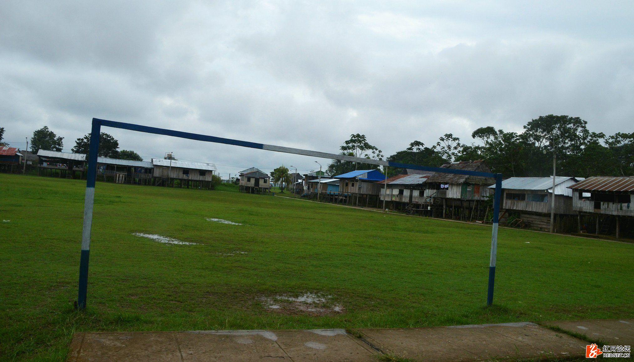 3伊基托斯亚马逊河551.JPG